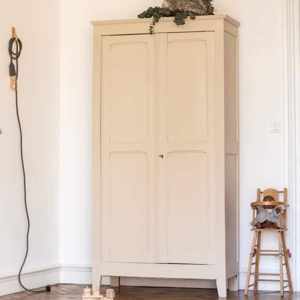 Armoire parisienne vintage Trendy Little