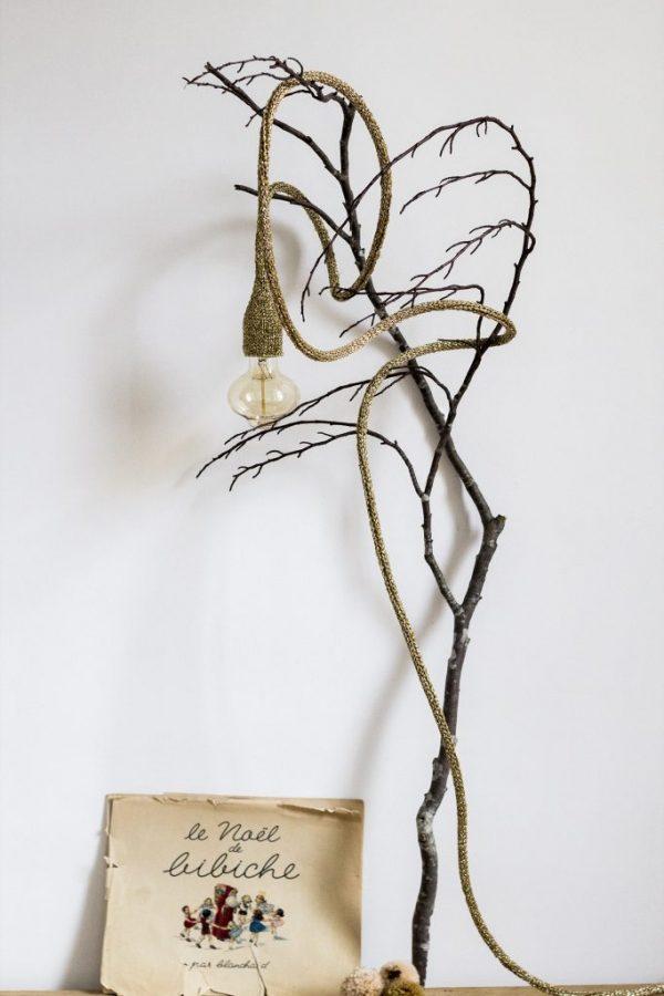 Lampe design doré sur branche TRENDY LITTLE