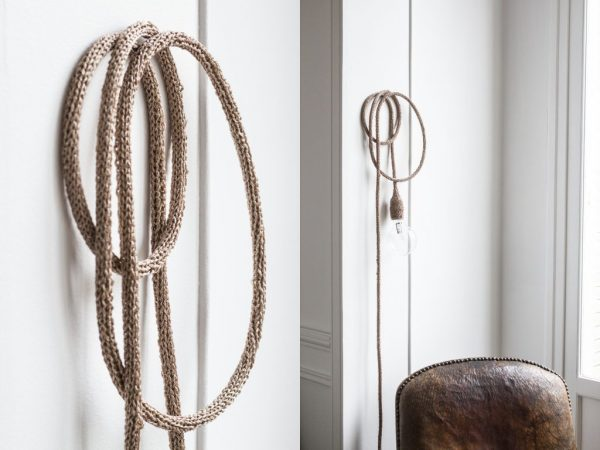 lampe baladeuse trendy little accrochée au mur