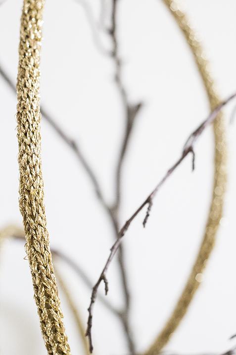 fil tricot lampe baladeuse doré TRENDY LITTLE