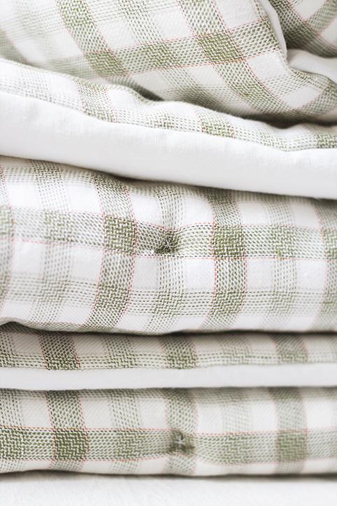 édredon tapis de jeu en coton et lin, créé par trendy little