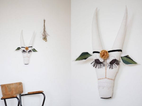 Trophée mural tête de vache, cousu à la main et création Trendy Little