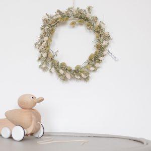 Couronne de fleurs séchées verte et blanche, création Trendy Little