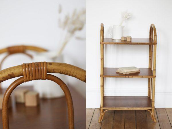 Étagère en rotin naturel vernis pouvant servir de bibliothèque dans la chambre de votre bébé ou enfant. Restauré avec soin dans l'atelier Trendy Little.