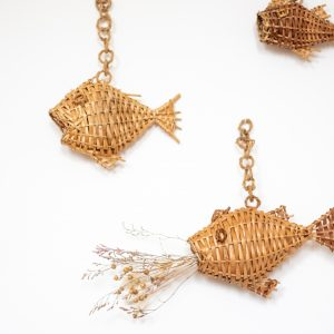 Décoration pour chambre enfant ou chambre bébé : poisson en osier à accrocher au mur, par TRENDY LITTLE