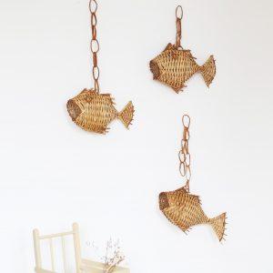 Déco murale poisson en osier, à accrocher dans une chambre bébé