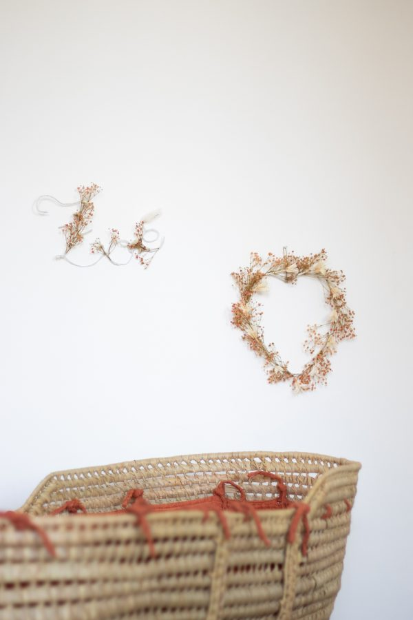 Coeur et prénom en fleurs séchées TRENDY LITTLE