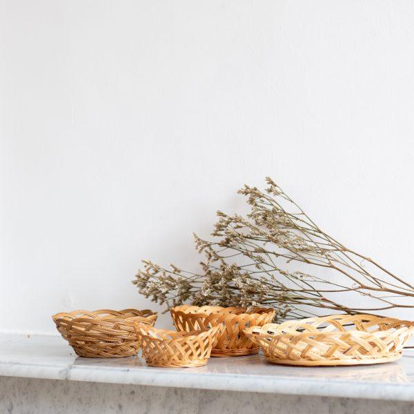 Corbeille en fibre de bambou tressé chiné par Trendy Little