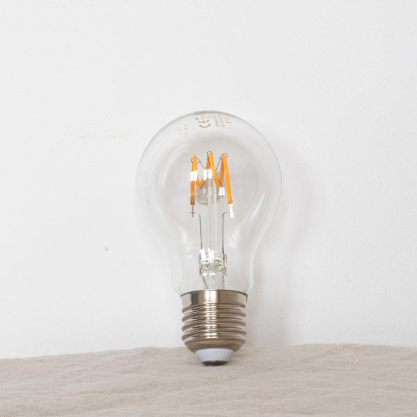 Ampoule goutte LED E27 vendue par Trendy Little