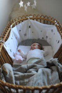 Berceau en rotin vintage Trendy Little pour bébé et nouveau né