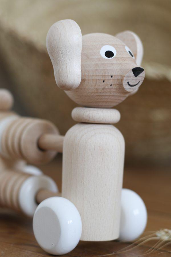 Chien boulier jouet en bois fabriqué à la main en Europe, vendu par Trendy Little