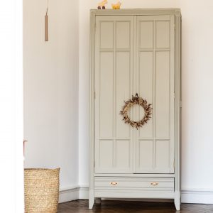 Armoire parisienne vintage Trendy Little