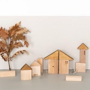 Jeu de construction en bois Village Pinchtoys