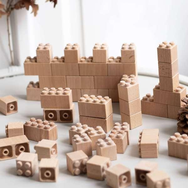 Briques de construction en bois type Lego ou Duplo, de la marque Bena