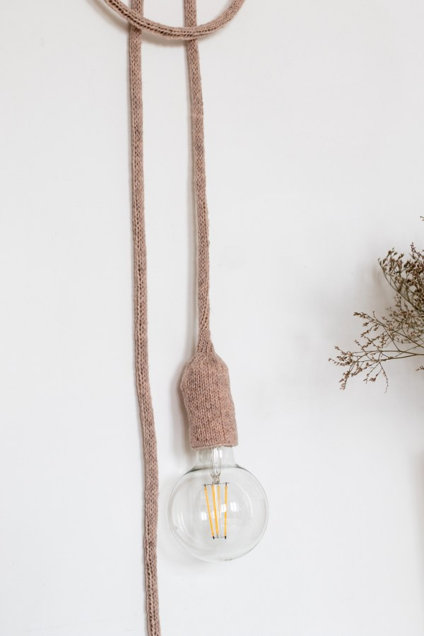 Lampe baladeuse rose pâle chiné Trendy Little